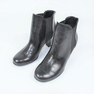 A2 Aerosoles Strole black modern ankle heels boot